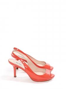 Sandales à talon en cuir verni rose corail Prix boutique 550€ Taille 36,5