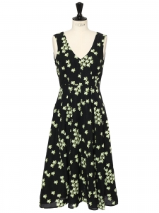Green, white and black floral print linen and silk midi-length dress Retail price €1300 Size 38