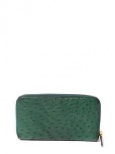 Portefeuille long clutch en cuir d'autruche vert et zip doré Px boutique 595€