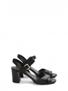 Sandales à talon épais et bride cheville en cuir noir Prix boutique 450€ Taille 36,5