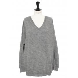Pull col V oversized en laine gris clair Prix boutique 650€ Taille 38 à 40