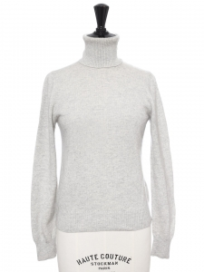 Light grey cashmere wool turtleneck sweater Retail price €790 Size XS