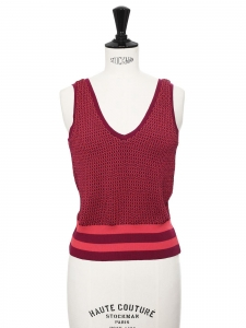 Sleeveless v neck burgundy red knitted top Size 36