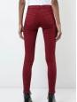 Jean slim 811 mid-rise Skinny leg en coton rouge cerise Taille 25
