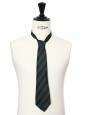 Cravate en soie à rayures bleu marine et vert foncé