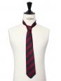 Cravate en soie à rayures bleu marine et rouge foncé