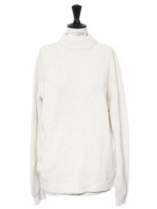 Pull col rond en grosse maille de cachemire de luxe blanc crème Prix boutique 600€ Taille 40