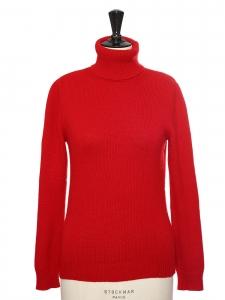 Pull col roulé en cachemire rouge foncé Prix boutique 1700€ Taille 36