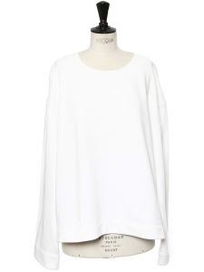 Round neckline white cotton sweatshirt Retail price $398 Size L