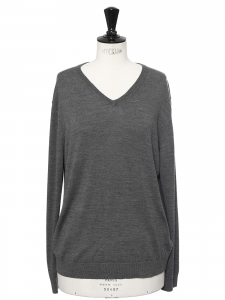 V neck cashmere wool sweater Retail price €250 Size L
