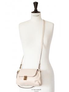 Petit sac à bandoulière ELSIE en cuir grainé rose poudre et fermoir doré NEUF