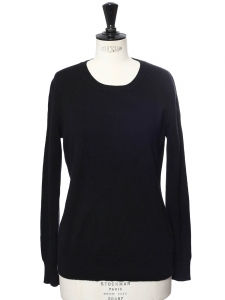 Black cashmere round neckline sweater Retail price €370 Size 38