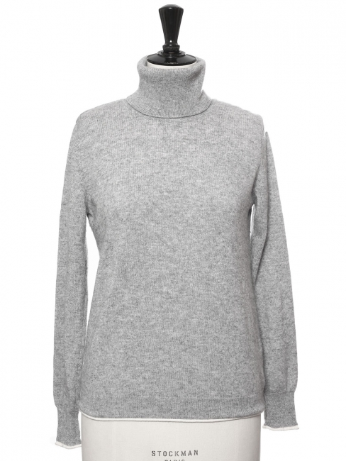 Light grey wool and cashmere turtleneck sweater Retail price €260 Size 36/38