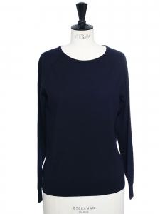 Pull col rond en laine mérinos bleu marine Prix boutique $545 Taille S