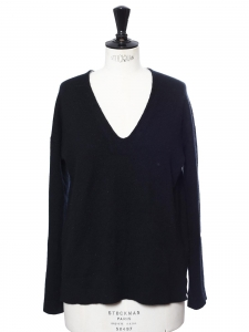 V neck black thick cashmere wool sweater Retail price €250 Size M