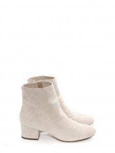 Bottines bout amande petit talon en suede blanc beige Prix boutique 590€ Taille 37