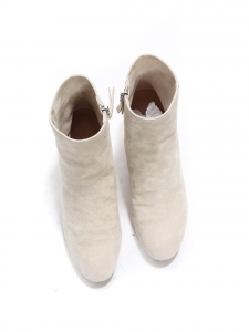 White beige suede leather ankle boots with almond toe and low heel Retail price €590 Size 37