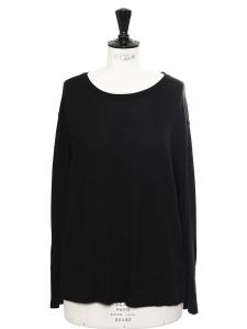 Pull col rond en laine noire boutons au dos Prix boutique 200€ Taille 40