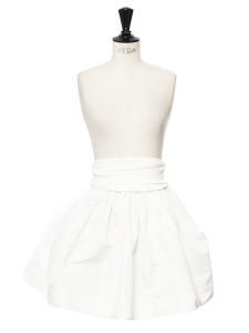 Jupe corolle taille haute blanc neige Prix boutique 690€ Taille 36