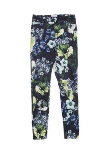Pantalon fleuri en toile de coton bleu marine jaune et vert Prix boutique €1200 Taille 34