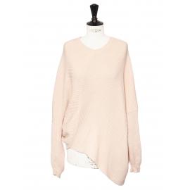 Pull col rond asymétrique en maille côtelé rose clair Prix boutique 750€ Taille S