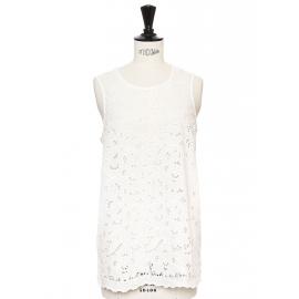 Top sans manche en dentelle de coton fleurie Prix boutique 495€ Taille 38