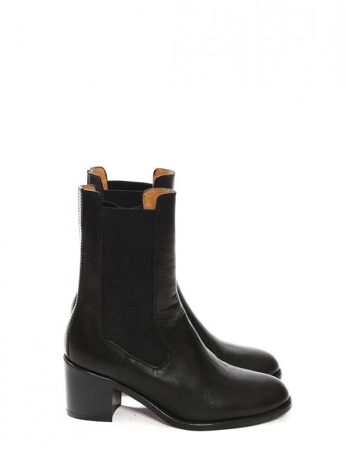 NICOLE black leather low heel chelsea boots Retail price 455€ Size 39