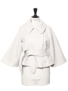 Veste courte style cape ceinturée en laine gris clair Prix boutique 2000€ Taille 36