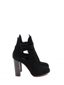Black suede low boots with wooden heels Retail price €900 Size 37