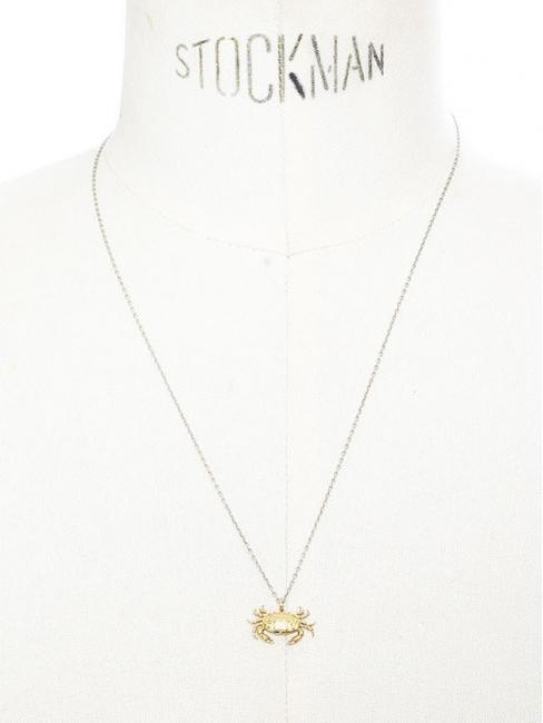 Collier fine chaîne argent et pendentif en vermeil crabe aux pinces d'or