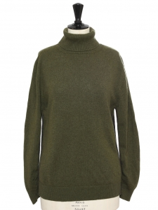 Khaki green cashmere wool turtleneck sweater Retail price €900 Size M/L