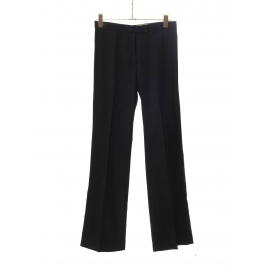 Pantalon droit fluide en laine noire Prix boutique 550€ Taille 36