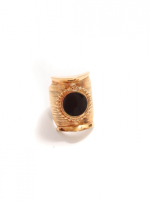 DJILL Gold-tone brass textured ring with black onyx stone Retail price €230 Size 56