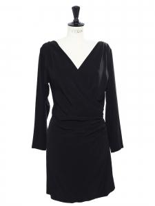 YVES SAINT LAURENT Mini robe de cocktail décolleté plongeant en crêpe noir Px boutique 1100€ Taille 40