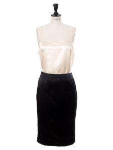 Jupe crayon taille haute en satin de soie noire Prix boutique 400€ Taille 36