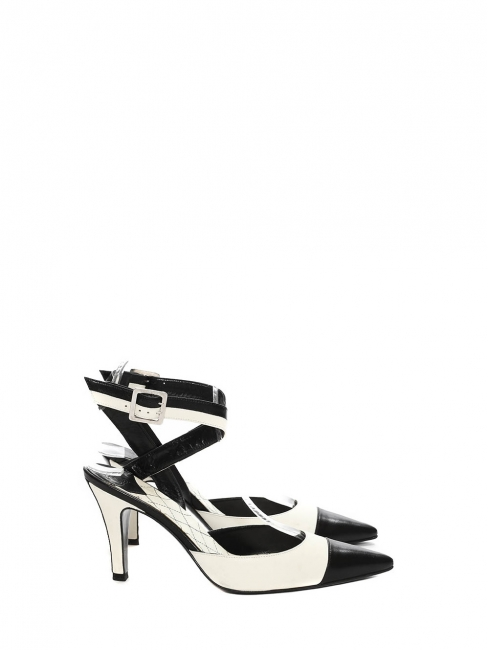 Black and ivory white two-tone leather slingback pumps Retail price €950 Size 36