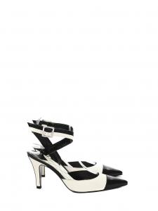 Escarpins bride cheville en cuir bicolore noir et crème Px boutique 700€ Taille 36