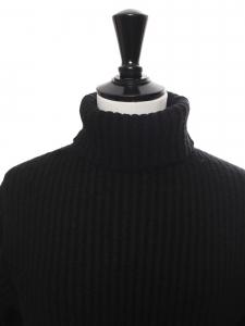ISA turtleneck black ribbed wool sweater Retail price $450 Size XS