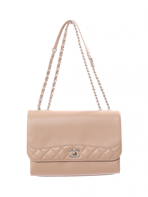 Classic flap shoulder bag in beige pink smooth and quilted leather with silver chain NEW