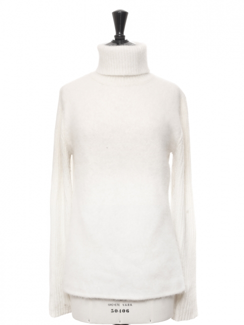 Snow white mohair and wool turtleneck sweater Size 38/40