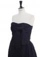 Longue robe de soirée bustier en soie bleu marine à pois Prix boutique 6000€