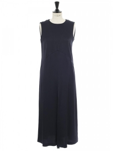 Robe longue sans manche en crêpe bleu nuit Prix boutique 345€