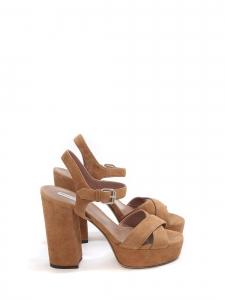 Sandales à talon et plateforme en suède camel prix boutique 625€ Taille 38