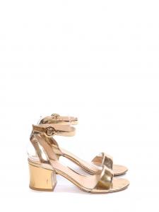 Sandales à talon et bride cheville en cuir métallisé doré Prix boutique 650€ Taille 37,5