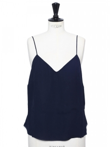 Top en soie à fines bretelles bleu marine Prix boutique 580€ Taille L