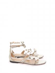 Sandales plates MIKE en cuir métallisé doré argent et petit noeud Prix boutique 540€ Taille 37