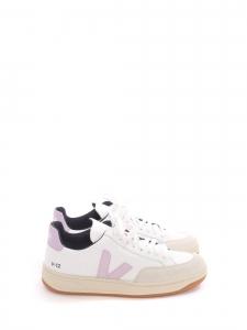 Baskets V12 à lacets en cuir blanc et mauve rose Prix boutique 125€ Taille 38