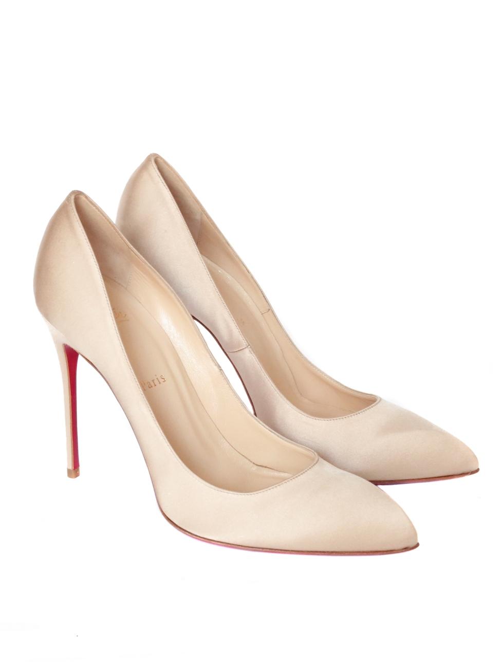 ... Escarpins stiletto CHIARA 100 en satin de soie beige rosé Px boutique  425€ T. ... 4e0c88c86257