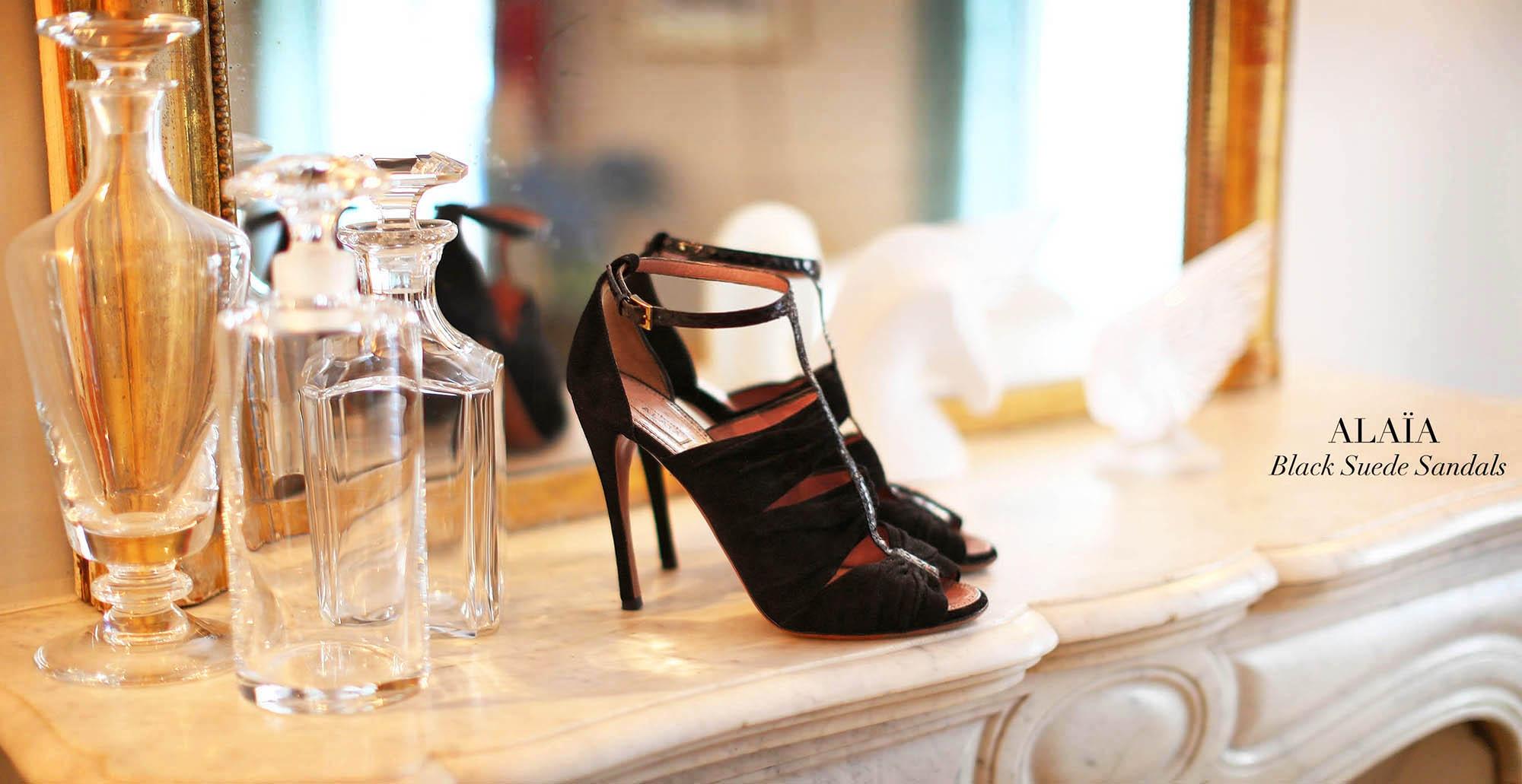 cc2fce7ae767 AZZEDINE ALAIA Sandales à talon en suède et python noir Px boutique 1100€  Taille 40